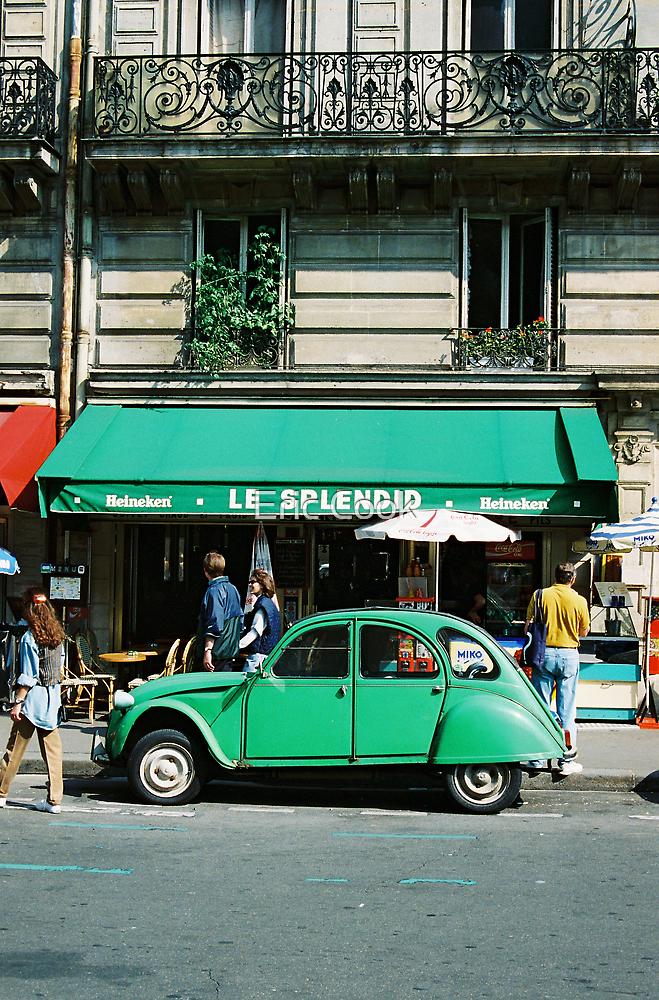 Le Splendid 2CV - Paris by Eric Cook