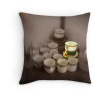the king's china Throw Pillow
