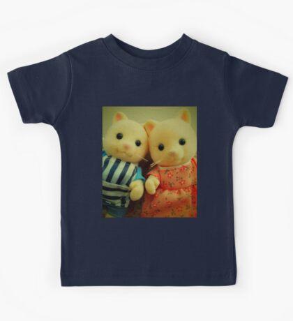 Sylvanian Families ~ Cat Couple Selfie Kids Tee
