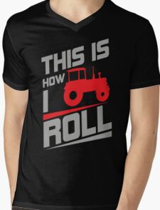 This is how I roll - tractor Mens V-Neck T-Shirt