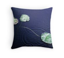 the watter lilly Throw Pillow