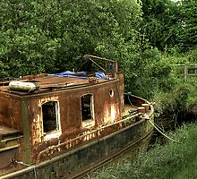Rusty Boat by Stuart Woodcock