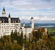 Neuschwanstein Castle by MrNK4rd