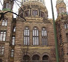 Jewish synagogue in Berlin, Germany by chord0