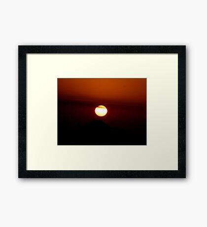 SUN SET Framed Print