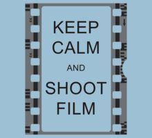 KEEP CALM AND SHOOT FILM One Piece - Short Sleeve
