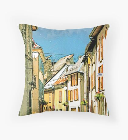 la rue Throw Pillow