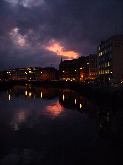 Night Lights by CorkDayDreamer