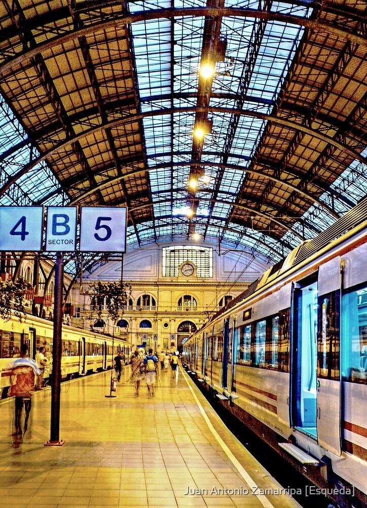 Estació de França (P1080745-P1080747 _Qtpfsgui _Photofiltre) by Juan Antonio Zamarripa