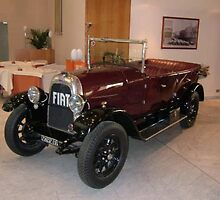 1925 Fiat at Torpedo Restaurant, Turin, Italy by chord0