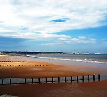 Bridlington Beach by lisachloe