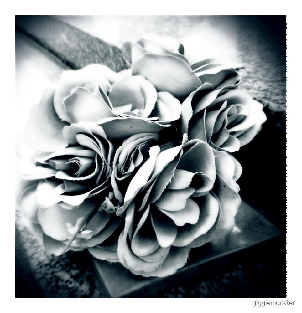 Leave Roses... by gigglemonster