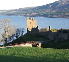 Urquhart castle by Bob Morton