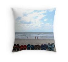 flip-flop set Throw Pillow