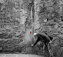 Street Art by lorenzoviolone