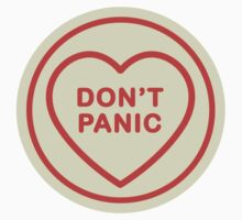 Geeky Love Hearts - Don't Panic by SevenHundred