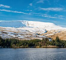 Brecon Beacons under snow by Nick Jenkins