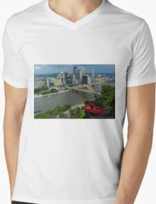 Mt. Washington Overlook & The Incline - Pittsburgh Pa Mens V-Neck T-Shirt