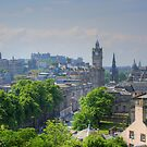 Edinburgh Skyline by Tom Gomez