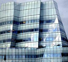 --IAC Tower, New York City by Sassafras