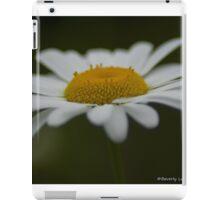 Delightful Daisy iPad Case/Skin