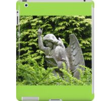 Don't blink, don't look away! iPad Case/Skin