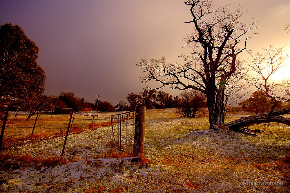 Golden Chill - Hill End - The HDR Experience by Philip Johnson