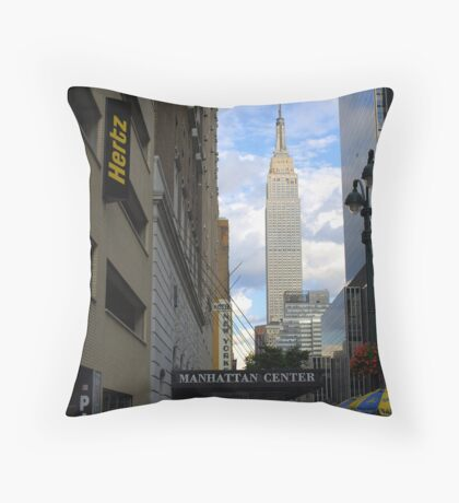 Empire State Building. Throw Pillow