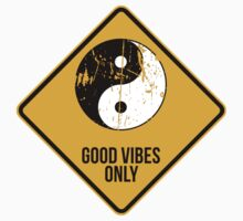 Yin Yang -  Good Vibes Only by 2monthsoff