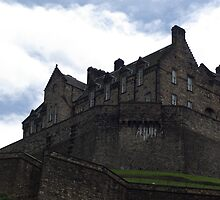 Edinburgh castle by Kevin Meldrum