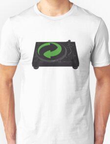 DJs love recycling T-Shirt