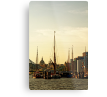 Boats on Thames River at Sunset, London, England Metal Print