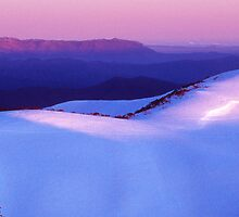 Mount Buffalo Plateau from Mount Hotham by Ern Mainka