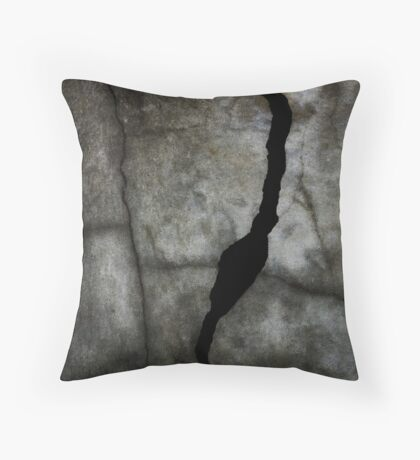 Fracture in Black Throw Pillow