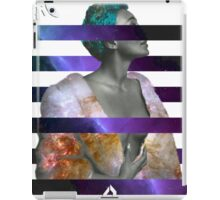 No Love Forgotten. iPad Case/Skin