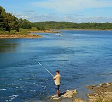 www.lizgarnett.com - Fishing, Golfe du Morbihan, Brittany, France by Liz Garnett