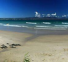 Wategos Beach - Byron Bay NSW by Emmy Silvius