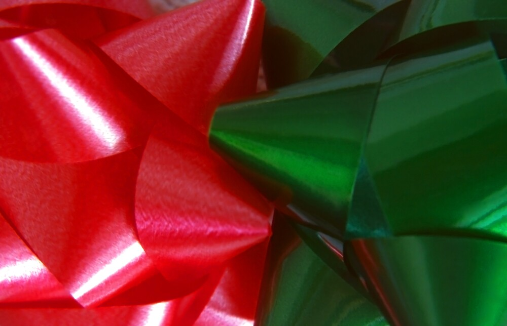Red and Green Christmas Bows by SteveOhlsen