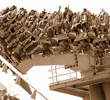 Fun on the Medusa—the world's first floorless coaster by Paul Gitto