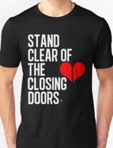 Closing doors Black T-Shirt