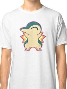 Cyndaquil hugs Classic T-Shirt