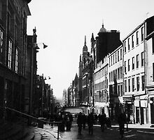 Early morning in Glasgow, Scotland by Elana Bailey