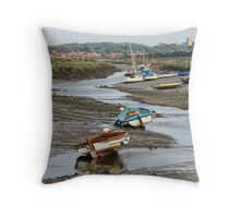 Low tide at Morston Throw Pillow