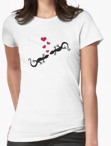 Gecko red hearts love T-Shirt