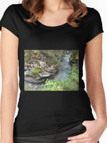 Water Rock Women's Fitted Scoop T-Shirt