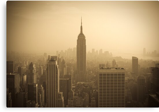 Empire State Building and Manhattan Skyline (Alan Copson ©) by Alan Copson