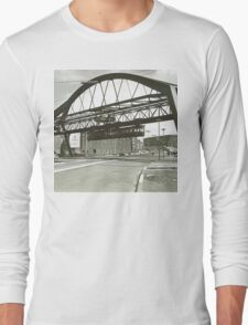 Vintage Wuppertal Floating Train Photo Long Sleeve T-Shirt