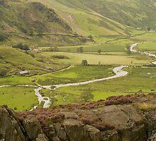 Nant Ffrancon Pass by Glen Allen