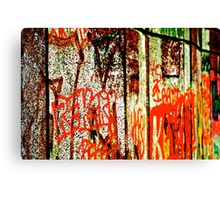 London Town Graffiti - GaryTrotmanphotoZ Canvas Print
