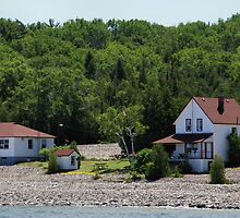 Cute cottages by pinnafore